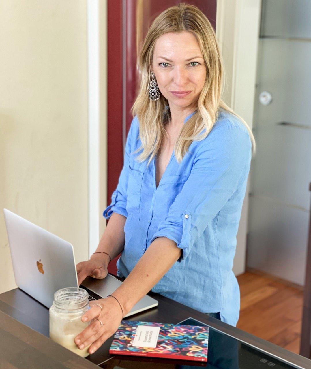 Die moderne Hausfrau - ich war gerne daheim, könnte es mir jetzt aber ohne Arbeit nicht vorstellen.