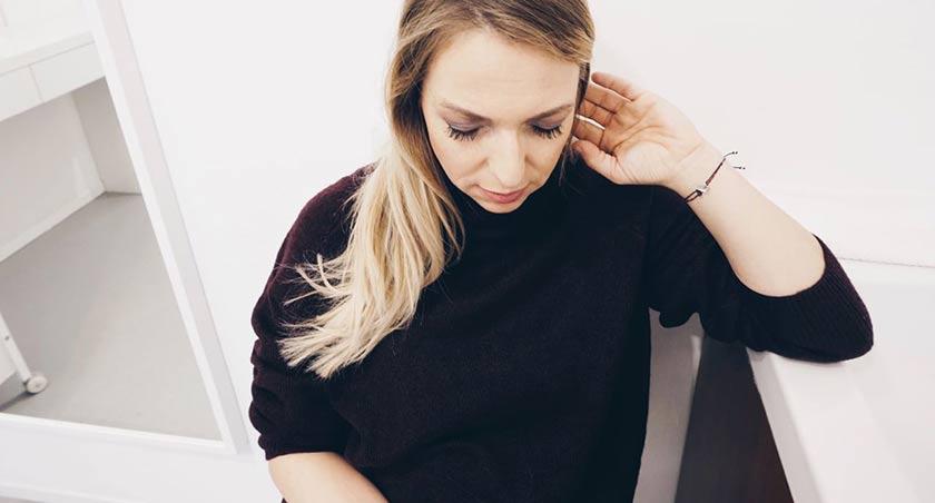 Beauty Schwangerschaft Tipps von Verena mit neuen Wimpern um Ihren natürlichen Glow zu unterstreichen