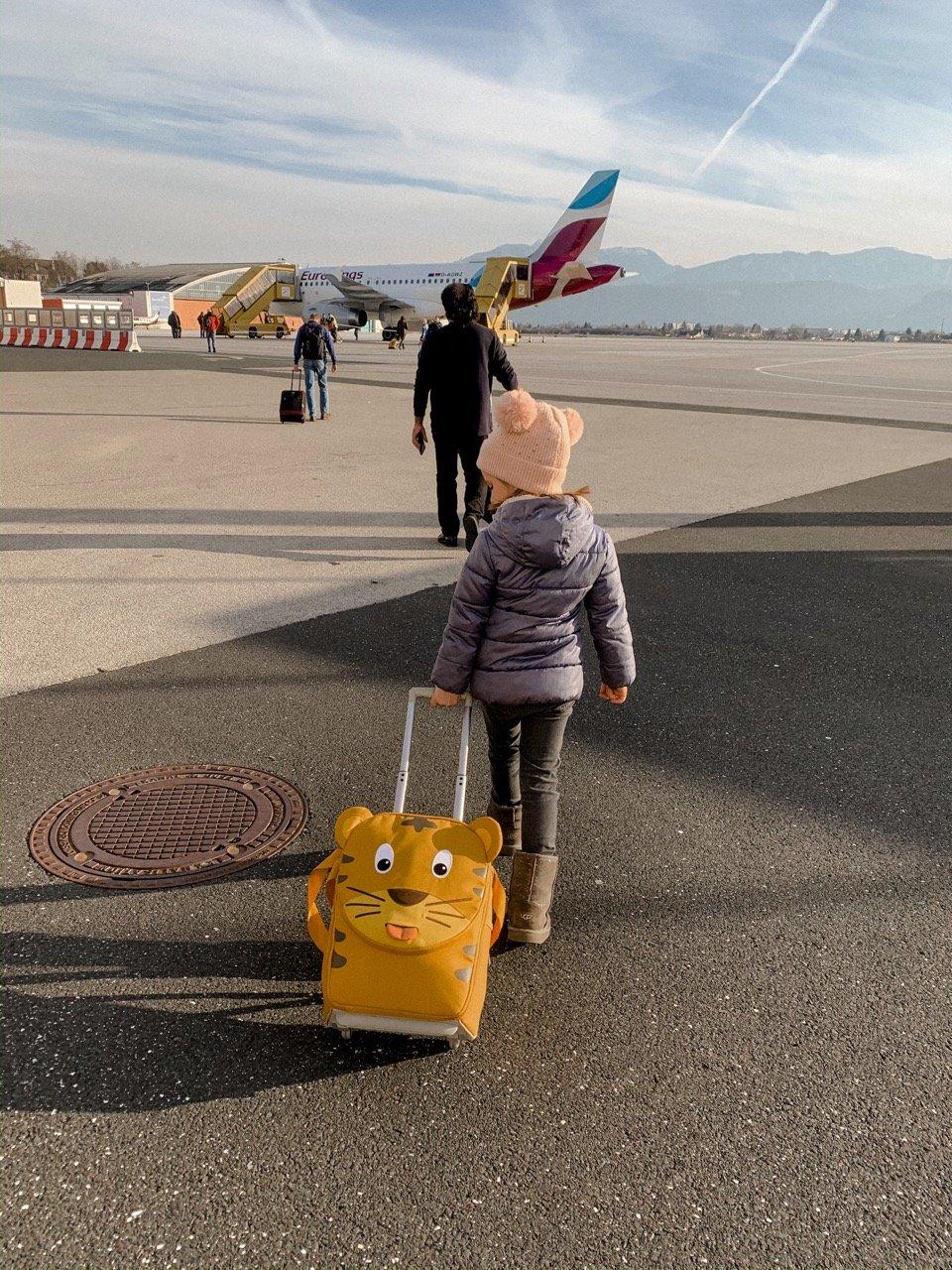 Reisen mit Baby: stressbefreites Fliegen mit Kindern MamaWahnsinn