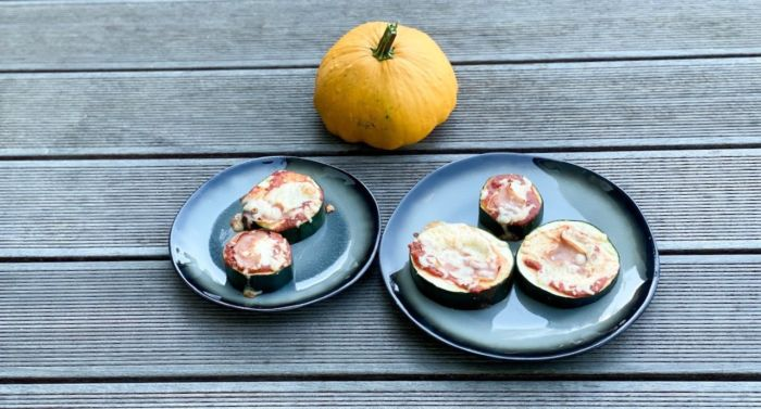 Ganz schnell gemacht, die Zucchini-Pizza geht ganz einfach und schnelle. Verena verrät außerdem ein sehr gesundes Low-Carb Rezept.