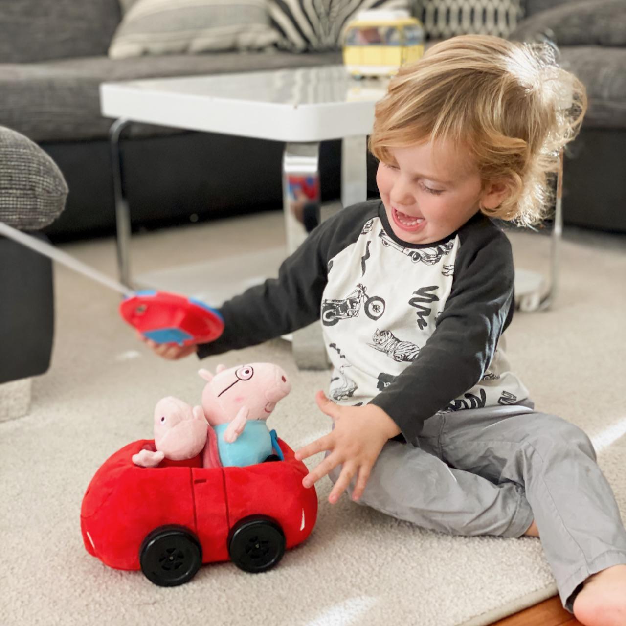 Peppa Pig Auto - mein kleiner Schatz ist mehr als nur begeistert